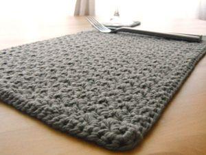 crochet placemat (2)