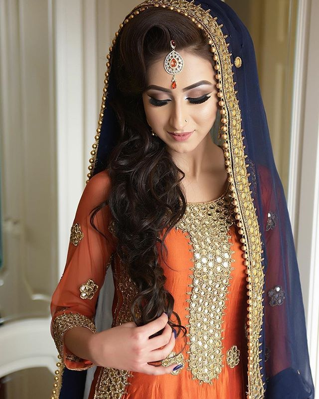 stunning aisha on her mehndi day makeup by shaneeq