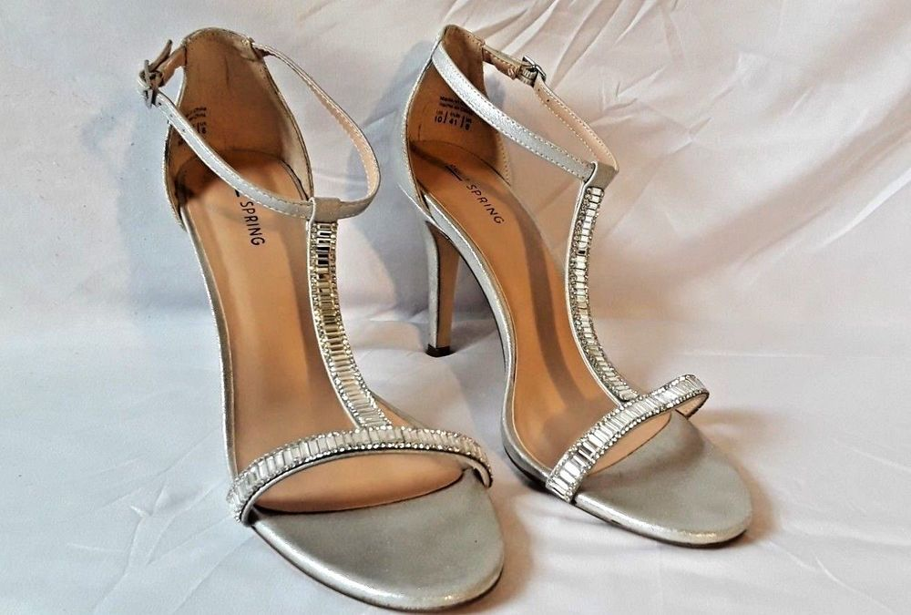 a3be1c56134596 Call it Spring Heels Silver Sandals Dress Shoes Size 10  fashion  clothing   shoes  accessories  womensshoes  sandals (ebay link)