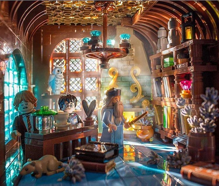Homedecor Home Decor Youre A Wizard Harry How Cool Is This Photo What Do You All Think Dumbledores Library Lego Hogwarts Cooles Lego