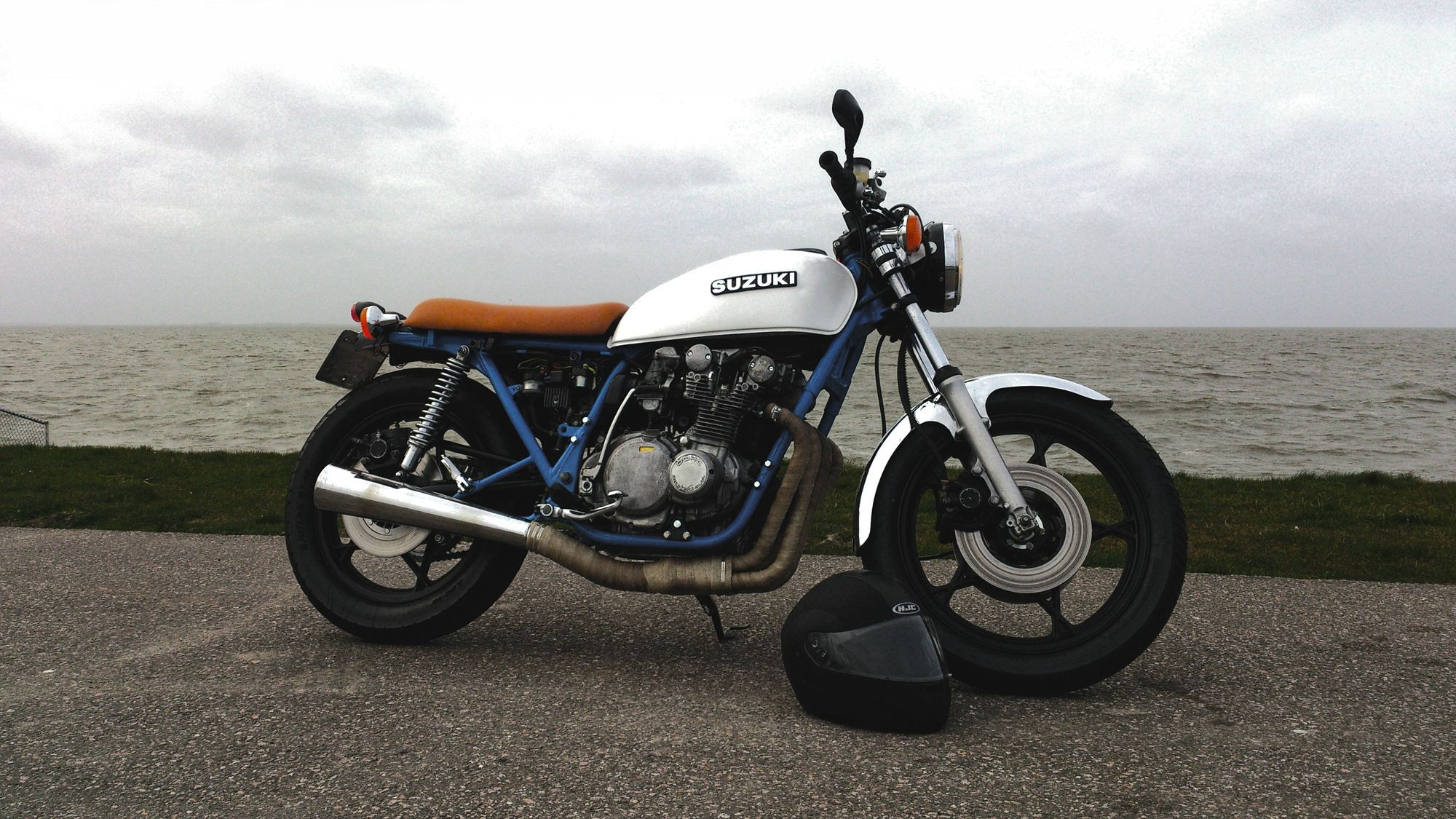 1978 Suzuki Gs550 Street Tracker Cafe Racer Suzuki Cafe Racer Bike [ 1125 x 2000 Pixel ]