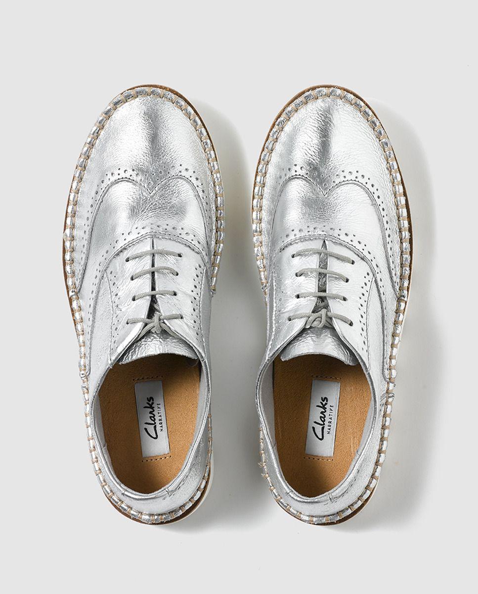a2eb7c68 Zapatos de cordones de mujer de Clarks de piel en color plata ...