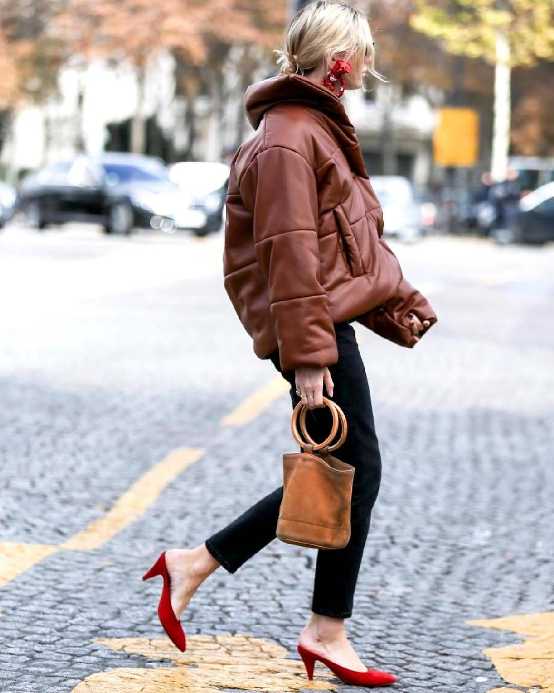 15 Cool Outfit Ideas With Brown Leather Jackets Leather