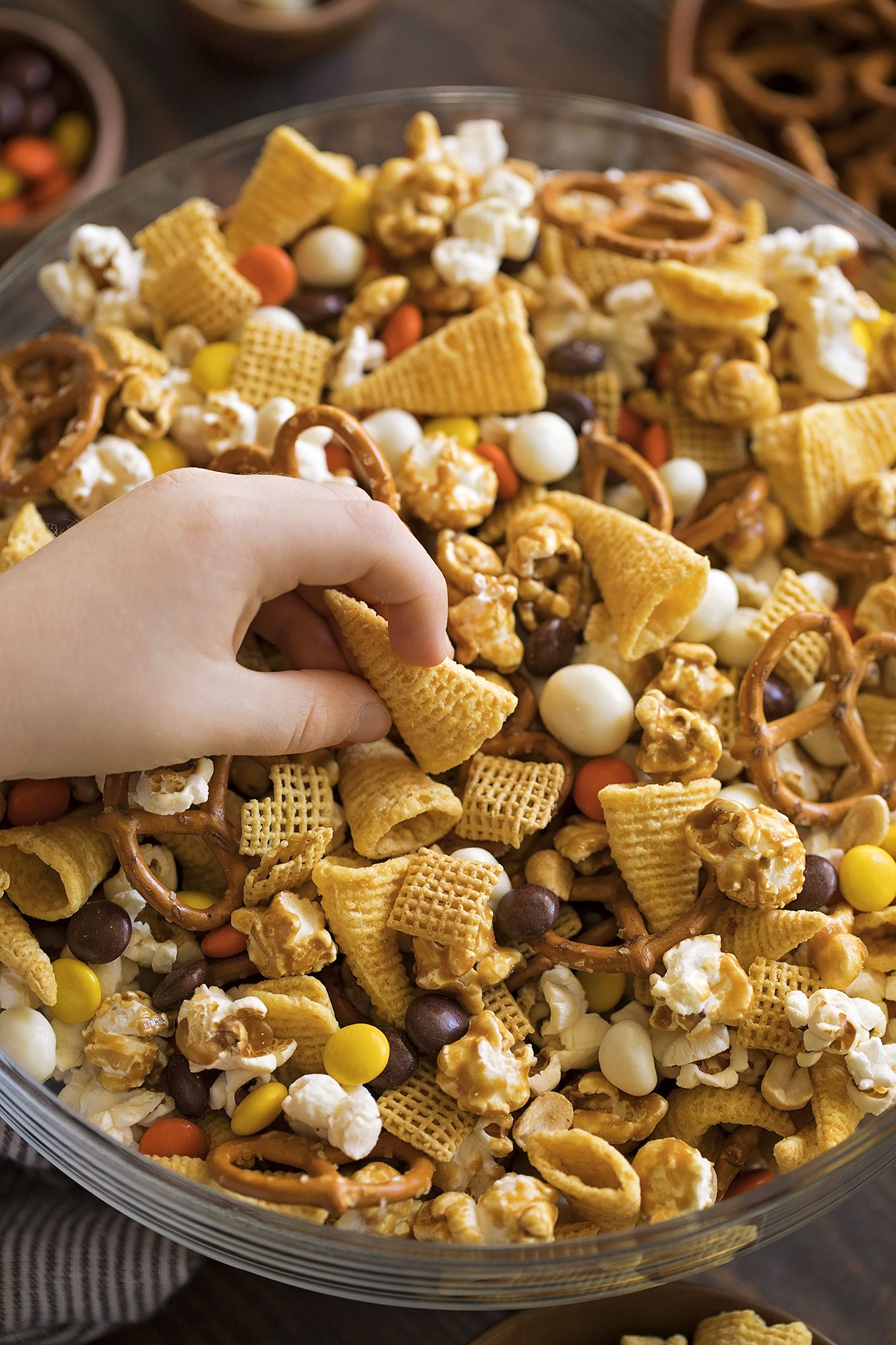 Thanksgiving Snack Mix Recipe Snack mix, Thanksgiving
