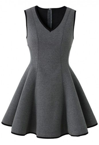 The Perfect Little Black Dress That Every Girls Needs In Her Closet