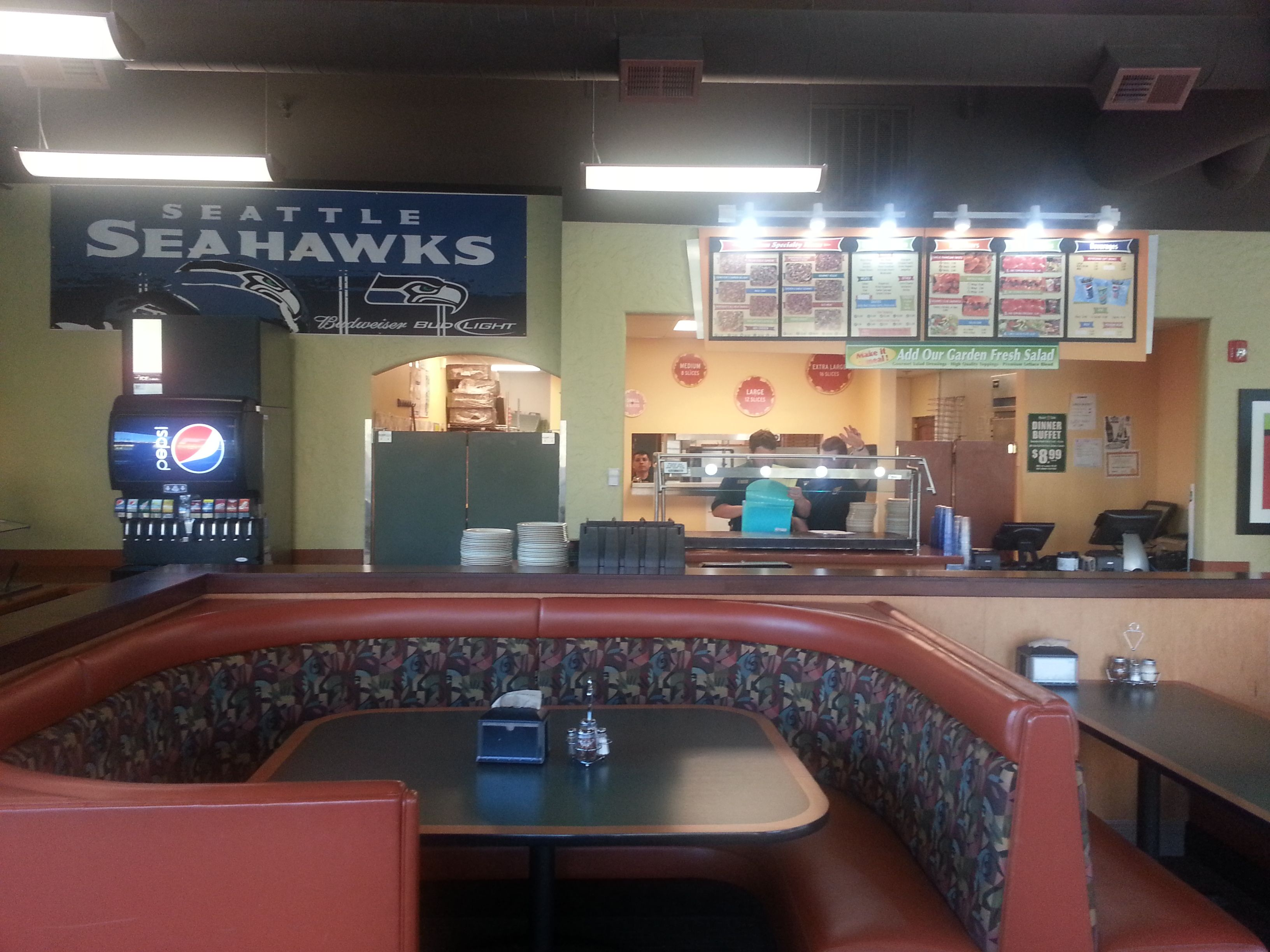 Round Table Pizza Lynnwood