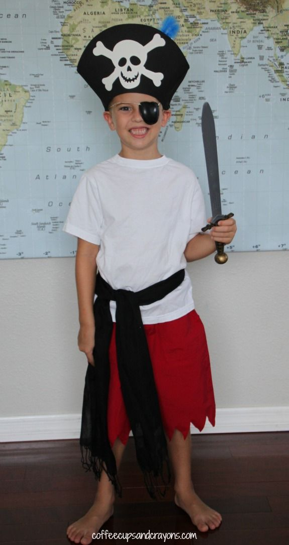 0a91f7c1175a8 Easy DIY Dress Up Costumes | All Things Holidays | Pirate costume ...