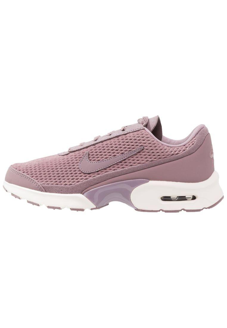 newest cbb00 1fdfa ¡Consigue este tipo de zapatillas bajas de Nike Sportswear ahora! Haz clic  para ver