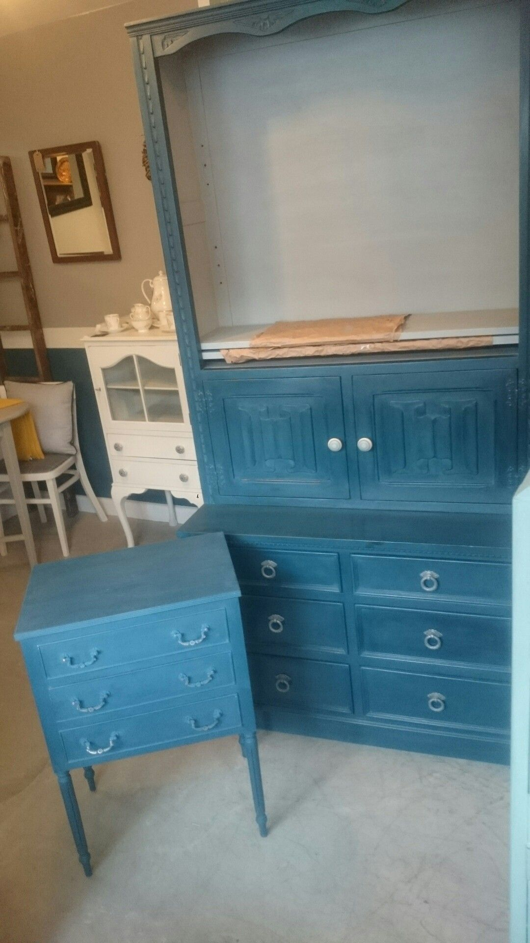 Little And Large Drawers And Dresser With Bookcase Top Large Drawers Dresser Drawers Furniture