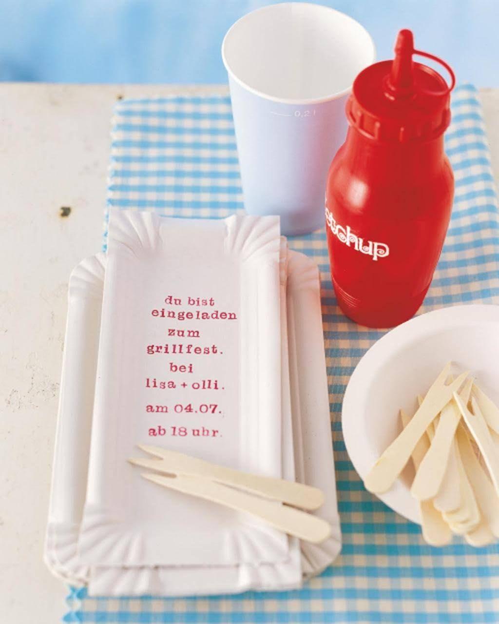 Einladungen | Pinterest | Grillwurst, Pappteller und Ablage