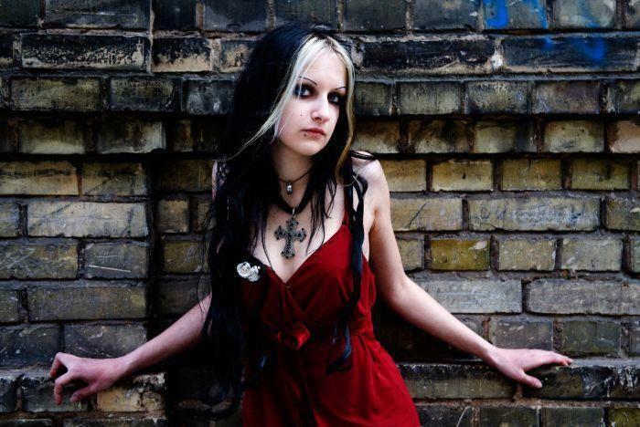 Christian goth girl