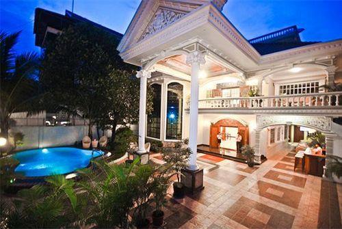 Book lotus luxury villa phnom penh cambodia for Best boutique hotels phnom penh
