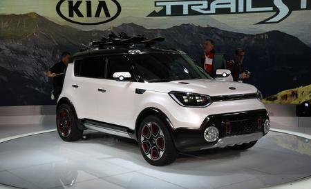 Kia Trail Ster Concept An E Awd Soul For Off The Beaten Path Kia Awd Kia Soul
