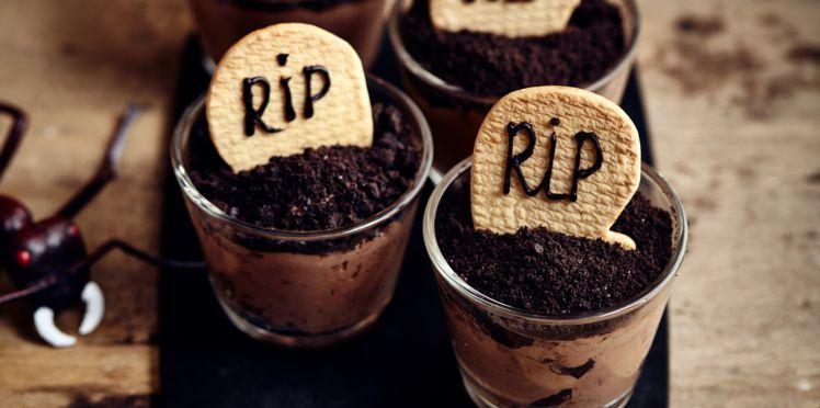 Verrines pierres tombales pour Halloween | Recette | Recettes de cuisine, Recette, Recette verrine