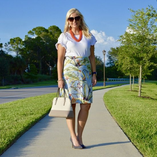 {Sale Alert} // A blog post is coming later this week for this beautiful tropical print skirt, but I wanted to get this up early because it's 40% off + free shipping today! Get outfit details via link in profile or on the blog pearlsandponiesblog.com  #ssCollective #ShopStyleCollective #MyShopStyle #springstyle #mylook #ootd #summerstyle #lookoftheday #currentlywearing #todaysdetails #getthelook #wearitloveit #anntaylor #thisisann #target #loftgirl #loveloft #baublebar #targetstyle #katespade #b