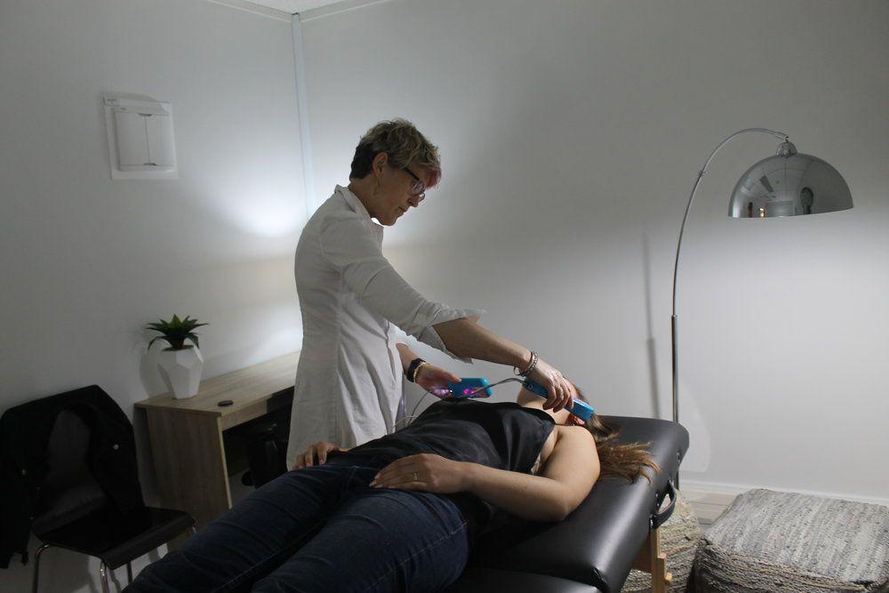 Qri cold laser brain health and biofeedback clinic