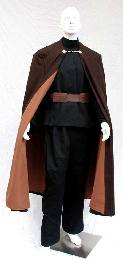 Rubies Costume Mens Star Wars Deluxe Adult Count Dooku Robe with Clasp