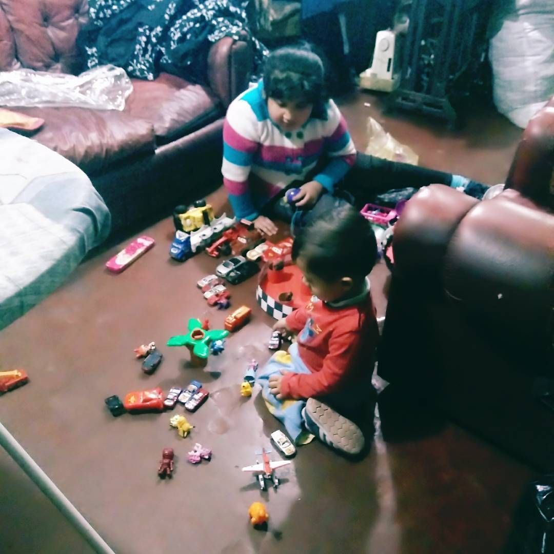 Aah tienen ordenadito ��❤ jajajaja ������ #juguetes #play #cars #autos http://unirazzi.com/ipost/1502592555890643097/?code=BTaR_fwAhCZ