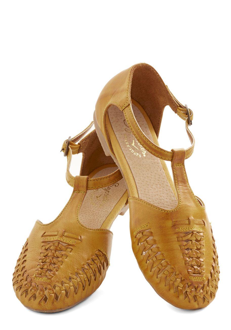 9f980cfaf9f1 Clarks Originals Kestral Soar Ladies Sandals Tan Leather Size 3-8 UK ...