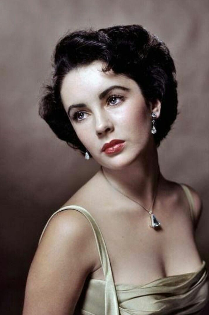 Elizabeth Taylor Young And Beautiful Famous Portraits Portrait Yousuf Karsh