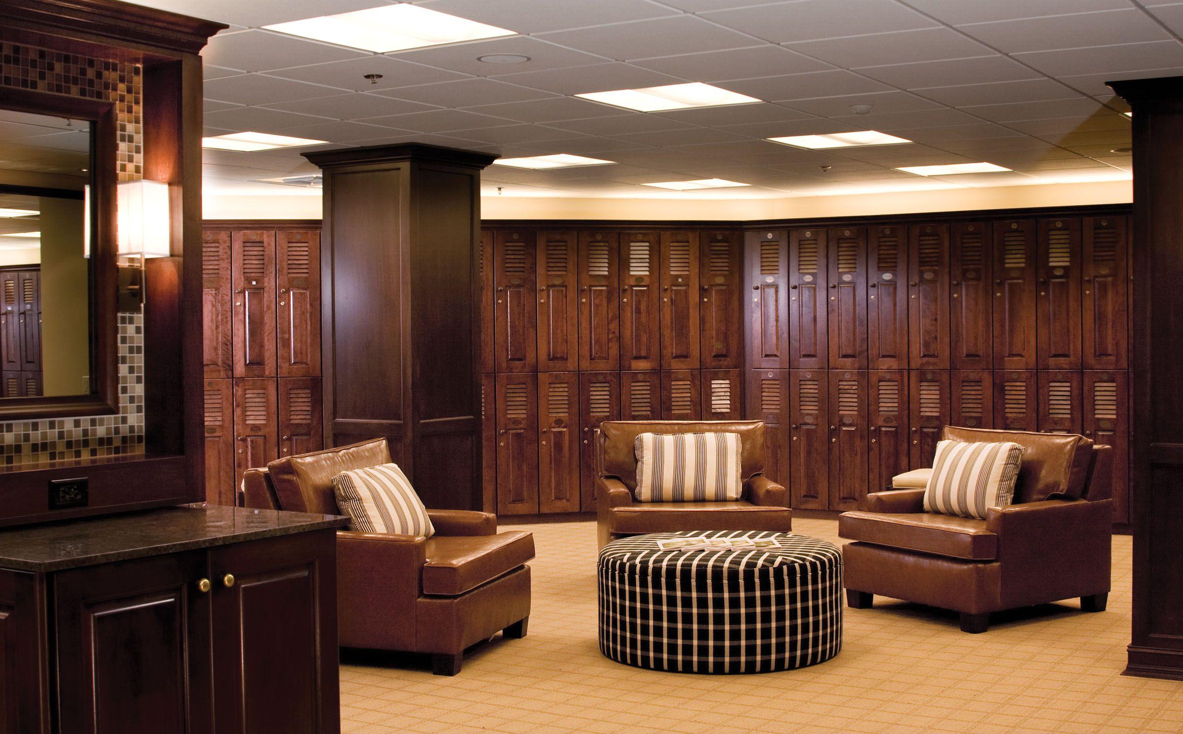 Pga Members Locker Room At Pga National Resort  Spa  -7466