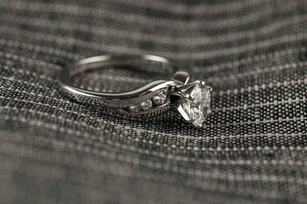 Can't stop staring oval diamond engagement ring