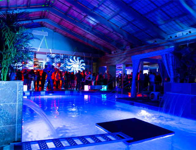 Experience Big Name Acts And Djs As They Perform By The Pool At
