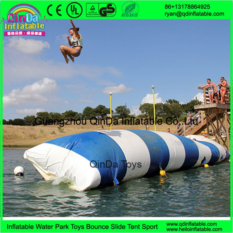 Summer Water Games Large Colorful Lake Inflatable Water Catapult Blob For Sale - http://toysfromchina.net/?product=summer-water-games-large-colorful-lake-inflatable-water-catapult-blob-for-sale