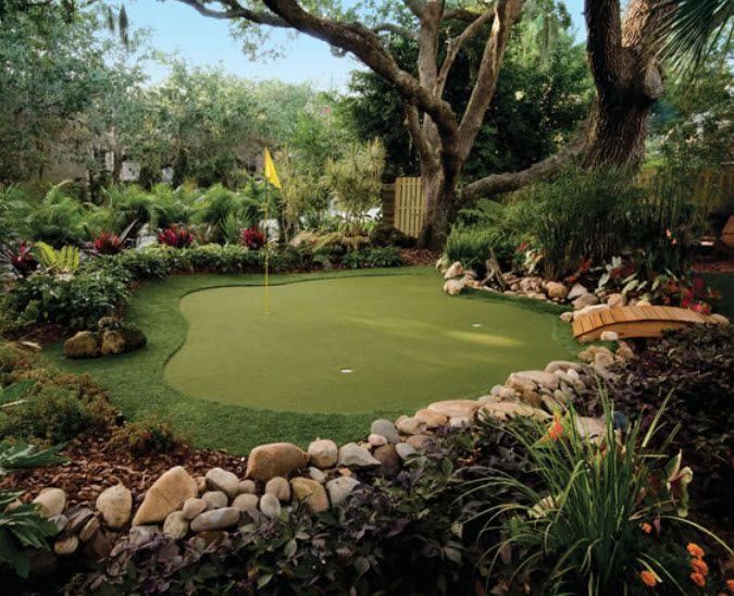 28 Outdoor & Indoor Putting Greens & Mats (Designs & Ideas ... on Small Backyard Putting Green id=52223