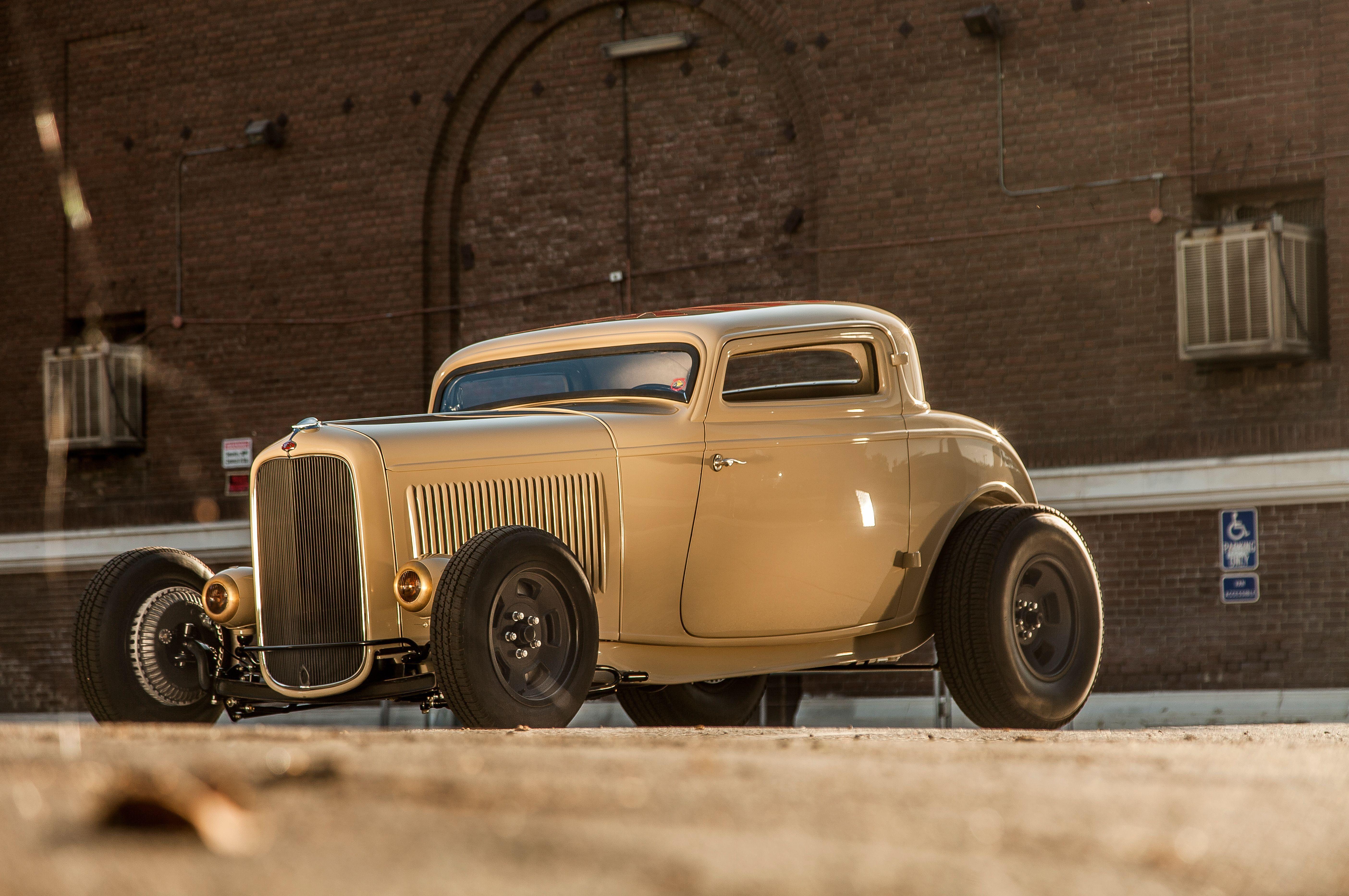 1932 Ford Deuce Coupe Three Window Hot Rod Hotrod Chopped Top USA ...