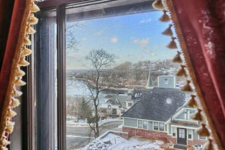 1892 Hoyt Mansion In Lowell Massachusetts Old House Dreams Mansions Mansions For Sale