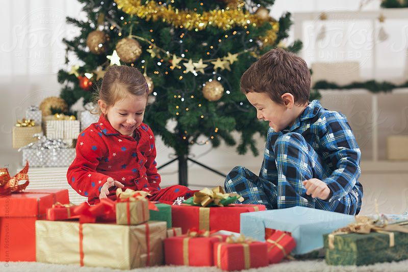 opening christmas presents 2015 - Google Search ship elliot