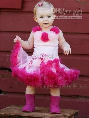 I love baby girl clothes!