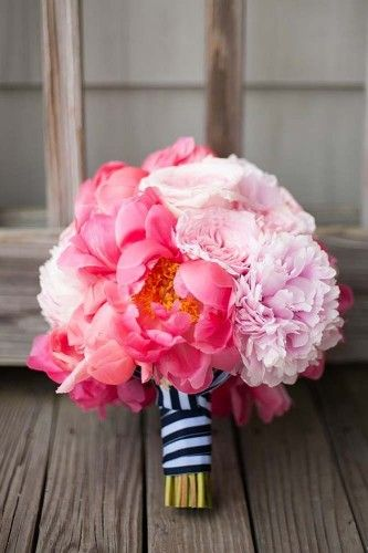 18 pink wedding bouquets to fall in love with 12