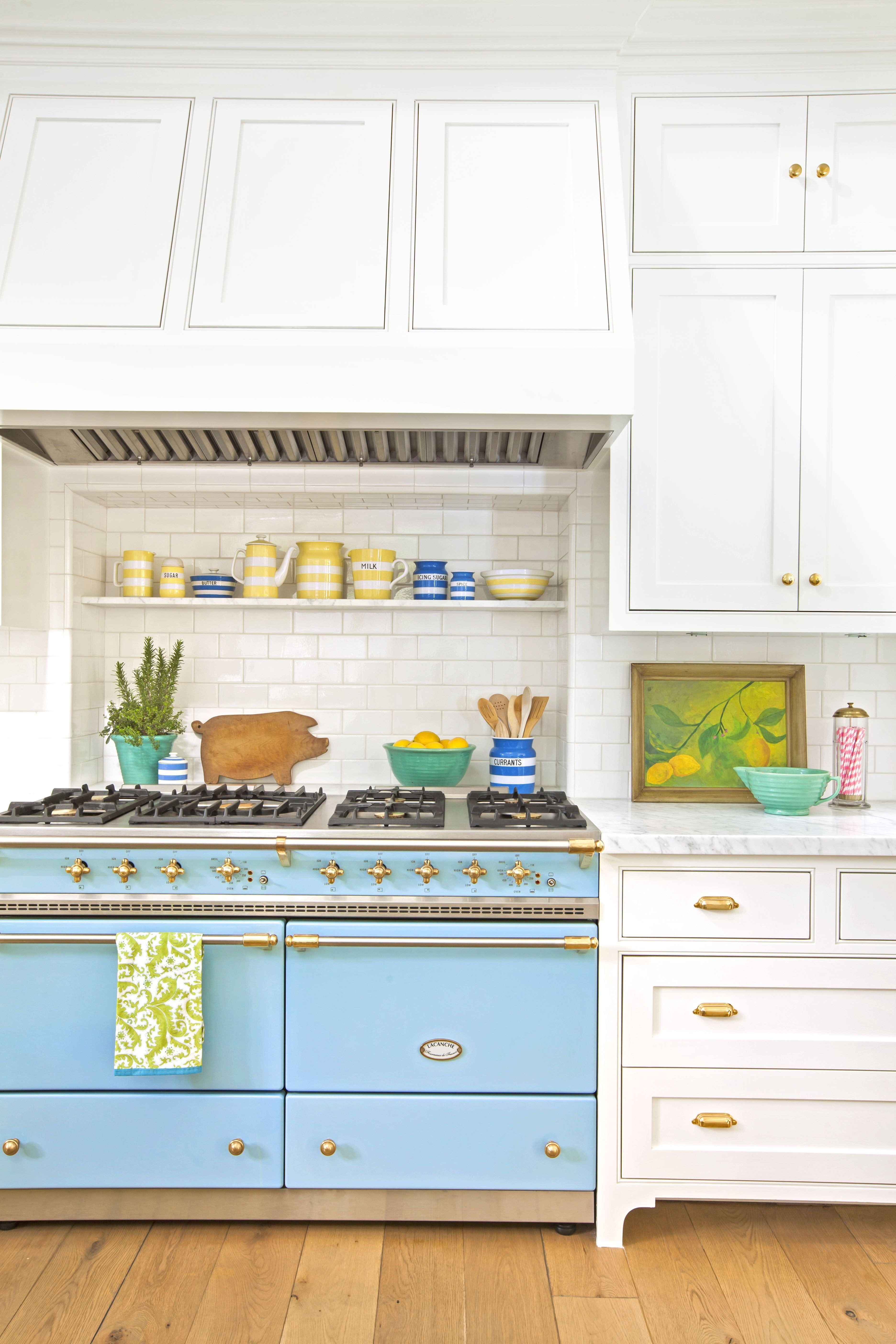 Blue Kitchen Decor Accessories Fresh 22 Gorgeous Kitchen Trends For 2019 New Cabinet And Color Kitchen Trends Kitchen Accessories Decor Blue Kitchen Decor