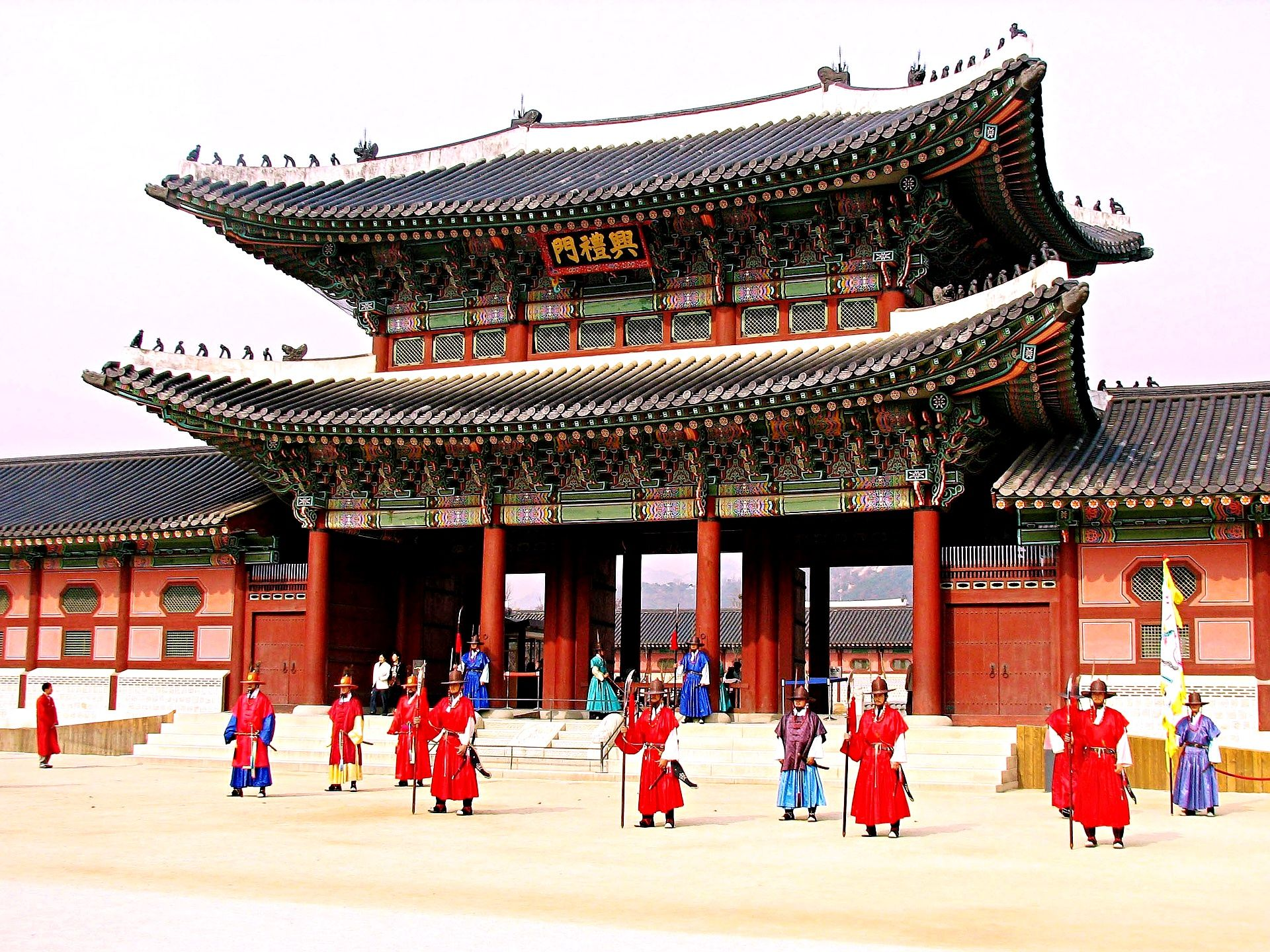 Palaces in South Korea Gyeongbokgung Palace also referred to as ...