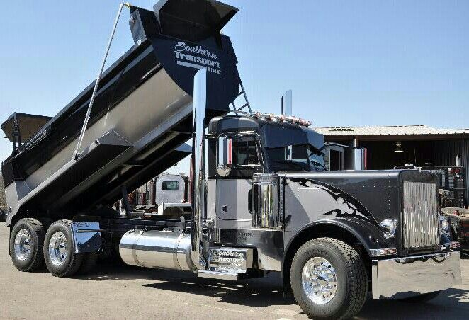 Peterbilt Dump Truck With Images Dump Trucks Peterbilt Dump