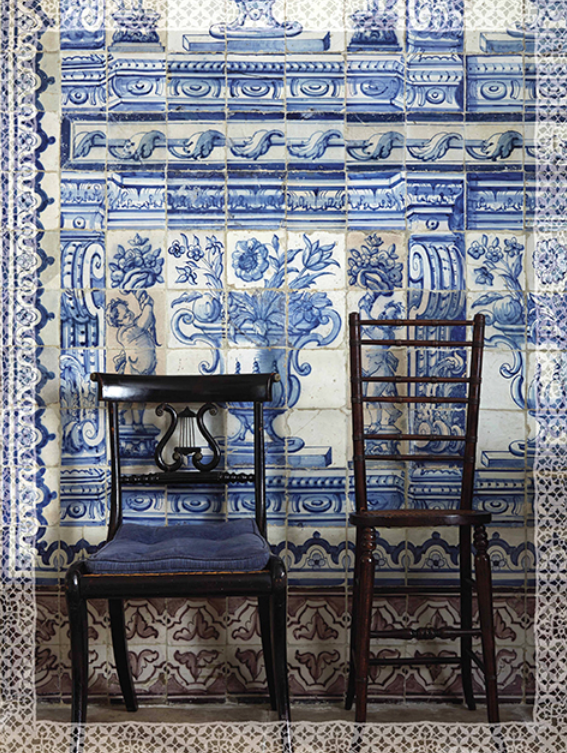 Blue And White Portuguese Tiles In Lisbon Photo By Miguel Flores Vianna For Cabana Azulejos Portugueses Azulejos Azulejos Antigos