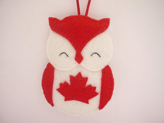 Felt Owl Canada Christmas Ornament Canada Flag Owl Canadian Owl Hanging Decoration One Ornament Ornements En Feutre Ornements De Noel Noel En Feutrine