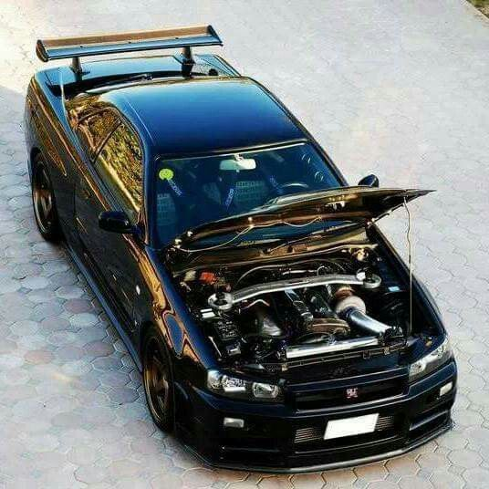 R34 skyline GTR all black