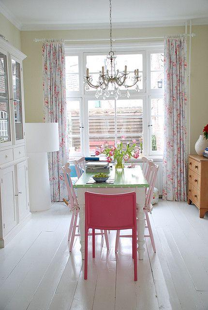 Eetkamer   Room, Paint furniture and Shabby