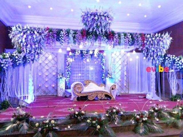 Book Beautiful Orchid Gerberas Stage Decor From Best Wedding Reception Engagement Decorators In Bangalore Evibe