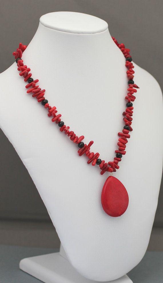 Collana di corallo rosso di bastone