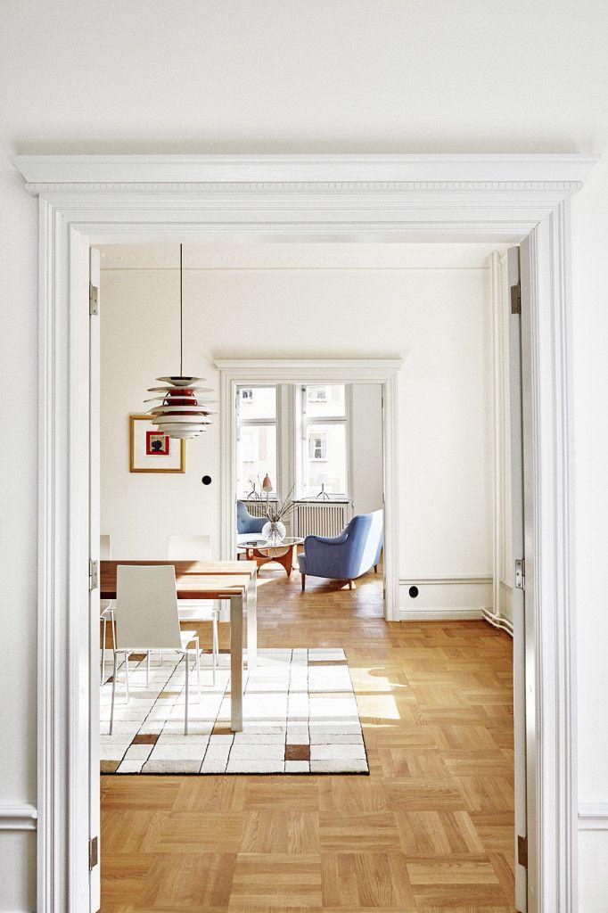 A Stylish Renovation of an Apartment in Stockholm, Sweden Dining - hm wohnung in wien design destilat