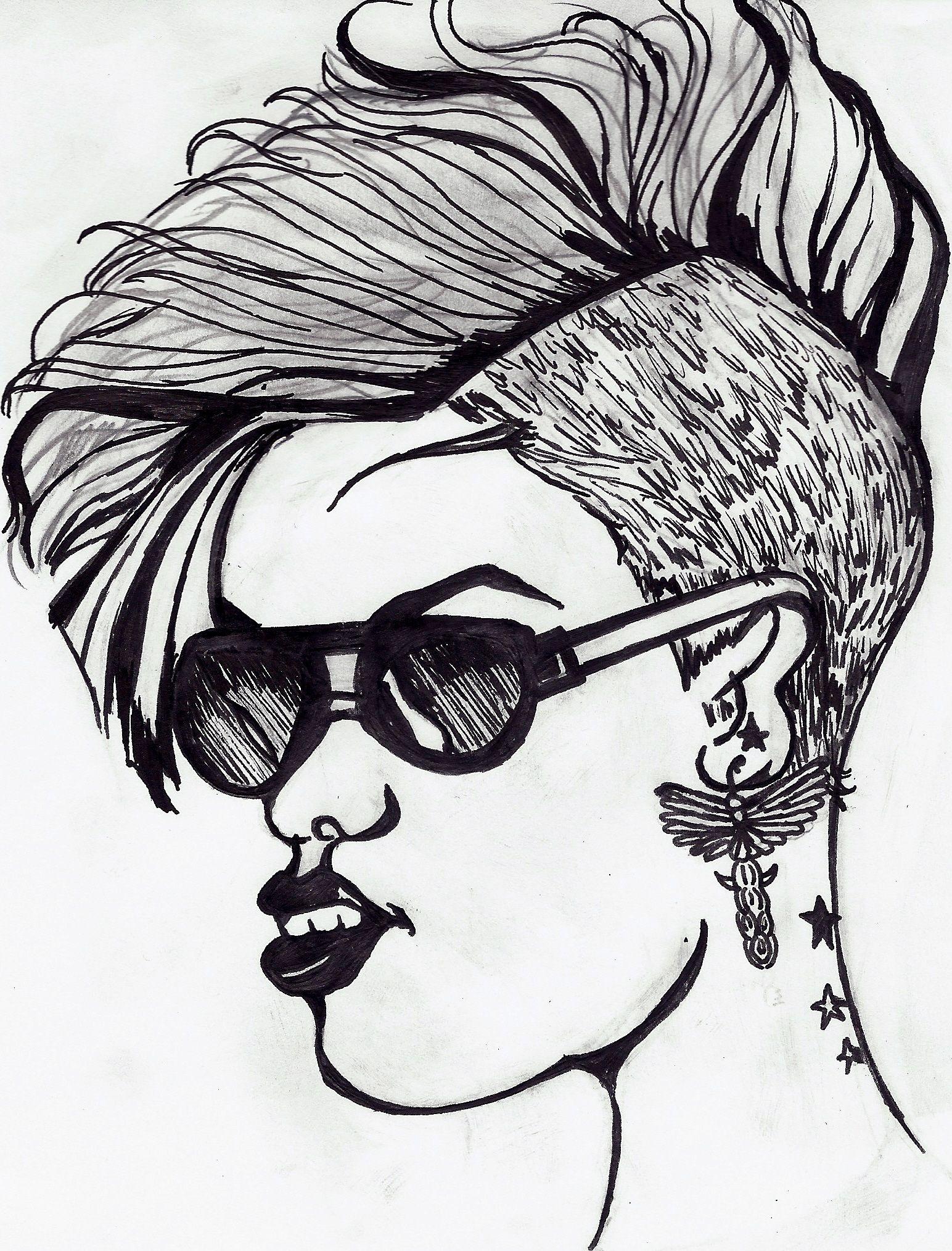 Jeune femme au crâne rasé - dessin d'Anaïs (14 ans)