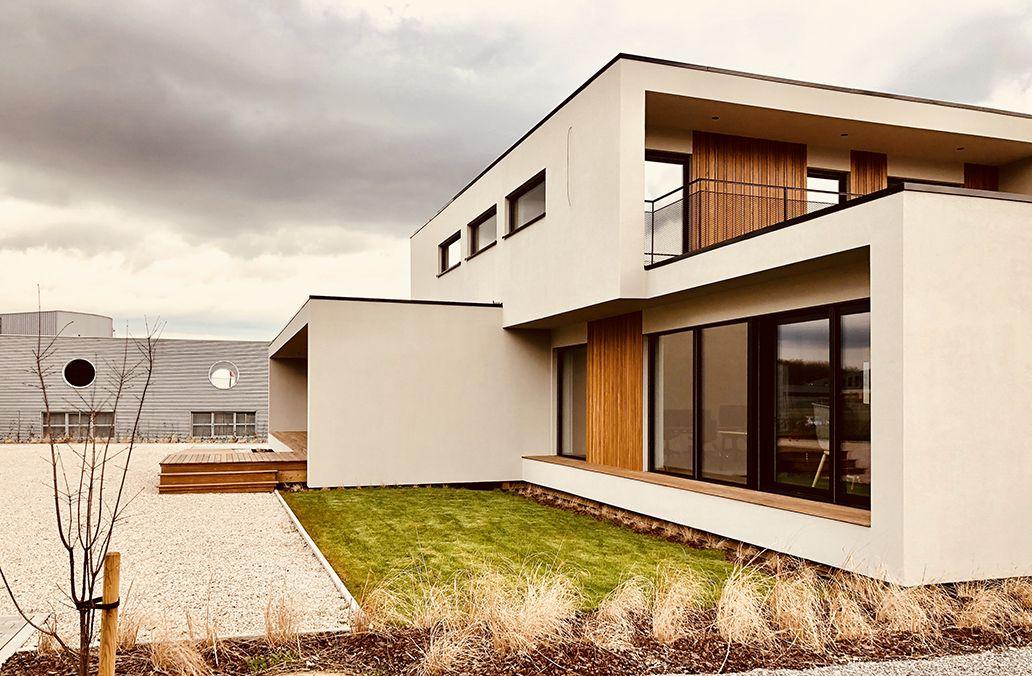 Bureau bois design de 418 m² by popup house en belgique part 1