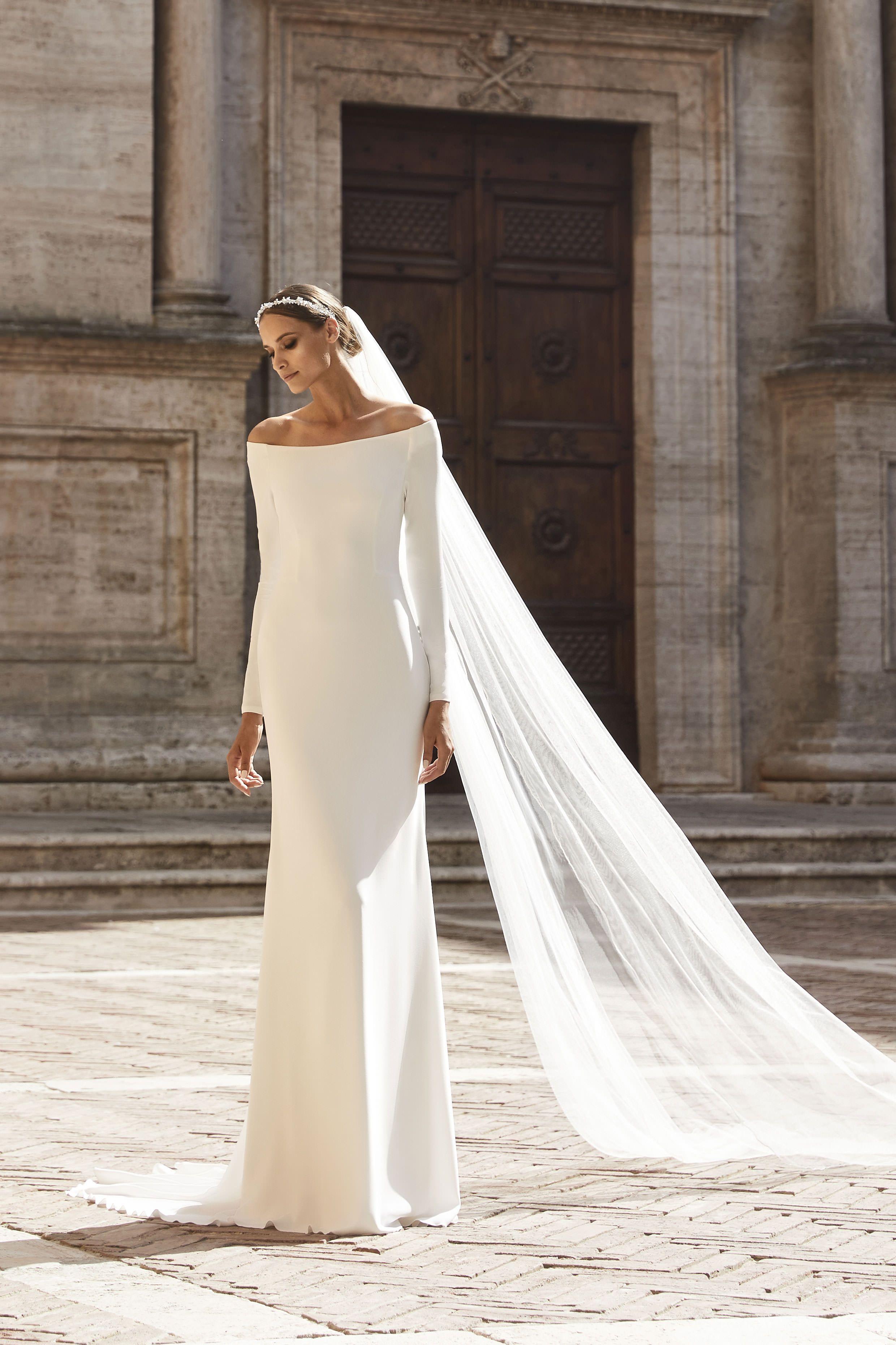 BIANCO EVENTO Brautkleid schlicht schick  Classy wedding dress