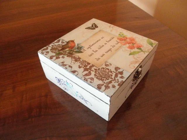 Cajas de madera pintada cosas que hago hand made diy - Caja madera manualidades ...