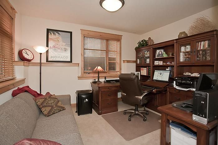 Office on the lower level that can be used as a bedroom if you would prefer!