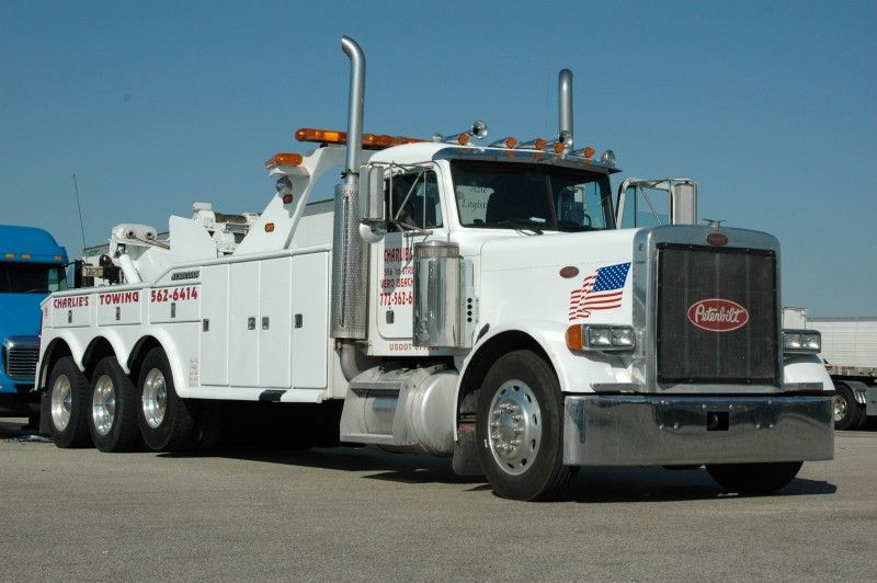 Peterbilt - Charlie's Towing